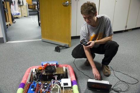 Robotics team prepares for state